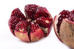 Σιτάρια φρούτων ροδιών στο άσπρο υπόβαθρο στοκ εικόνες
