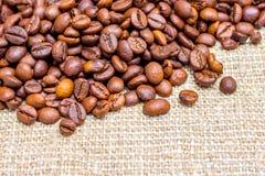 Σιτάρι του καφέ στο σάκο Υπόβαθρο για το design_ στοκ εικόνες