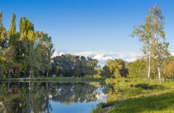 σιωπή θέσεων φύσης τοπίων λιμνών ψαράδων ομορφιάς Στοκ εικόνα με δικαίωμα ελεύθερης χρήσης