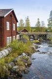Σιδηρουργείο στο μικρό ποταμό Σουηδία Στοκ εικόνα με δικαίωμα ελεύθερης χρήσης
