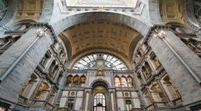 Σιδηροδρομικός σταθμός σε Antwerpen, Βέλγιο Στοκ Φωτογραφίες