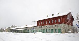 Σιδηροδρομικός σταθμός σε Zelezna Ruda cesky τσεχική πόλης όψη δημοκρατιών krumlov μεσαιωνική παλαιά Στοκ Εικόνες
