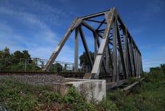 Σιδηρόδρομος και γέφυρα Στοκ φωτογραφία με δικαίωμα ελεύθερης χρήσης