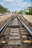 Σιδηρόδρομος crossway και ουρανός στοκ εικόνες με δικαίωμα ελεύθερης χρήσης