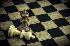 Σκάκι εν πλω, ηττημένοι έννοιας και νικητές στοκ φωτογραφίες με δικαίωμα ελεύθερης χρήσης