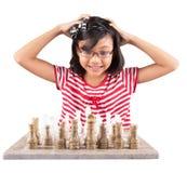 Σκάκι ΙΙΙ παιχνιδιού μικρών κοριτσιών Στοκ φωτογραφία με δικαίωμα ελεύθερης χρήσης