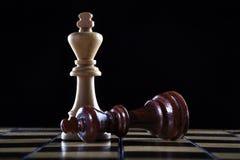 Σκάκι: νικητής και ένας ηττημένος Στοκ Φωτογραφία