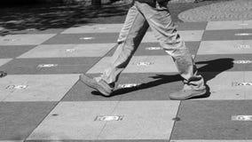 Σκάκι στην πόλη, bw στοκ φωτογραφίες με δικαίωμα ελεύθερης χρήσης