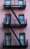 σκάλα διαφυγών στοκ εικόνες