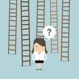 Σκάλα επιλογών επιχειρηματιών στην επιτυχία διανυσματική απεικόνιση