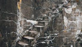 Σκάλα στο παλαιό οχυρό στοκ εικόνες
