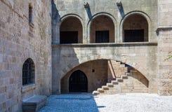 Σκάλα Archs και πετρών Στοκ εικόνα με δικαίωμα ελεύθερης χρήσης