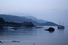 Σκάφη ένα όμορφο πρωί στοκ φωτογραφίες με δικαίωμα ελεύθερης χρήσης