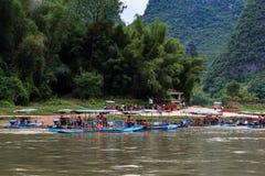 Σκάφη αναψυχής στον ποταμό λι στοκ φωτογραφίες