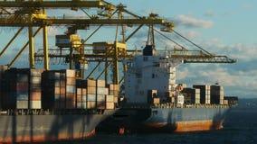 Σκάφη εμπορευματοκιβωτίων απόθεμα βίντεο