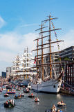 Σκάφη κατά τη διάρκεια του πανιού Άμστερνταμ Στοκ φωτογραφία με δικαίωμα ελεύθερης χρήσης