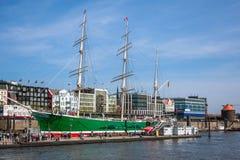 Σκάφη στο λιμάνι του Αμβούργο Στοκ εικόνες με δικαίωμα ελεύθερης χρήσης