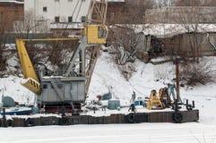 Σκάφη στο χειμερινό χώρο στάθμευσης στον ποταμό Tura Tyumen Στοκ φωτογραφίες με δικαίωμα ελεύθερης χρήσης