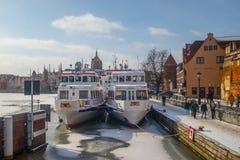 """Σκάφη τουριστών το χειμώνα στην πρόσδεση GdaÅ """"SK στοκ φωτογραφίες με δικαίωμα ελεύθερης χρήσης"""