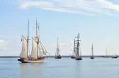 σκάφη φυλών ψηλά Στοκ Φωτογραφίες