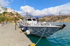Σκάφος ακτοφυλακών στην Κρήτη στοκ φωτογραφίες