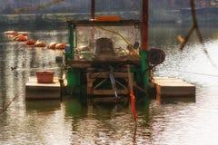 Σκάφος εκσκαφέων στη λειτουργία στοκ εικόνες