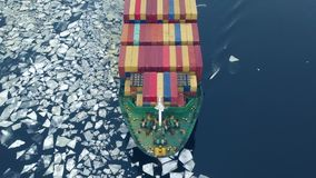 Σκάφος εμπορευματοκιβωτίων στη θάλασσα στο χειμώνα απόθεμα βίντεο