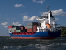 σκάφος εμπορευματοκιβωτίων φορτίου στοκ φωτογραφίες