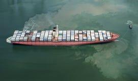 Σκάφος εμπορευματοκιβωτίων Στοκ φωτογραφίες με δικαίωμα ελεύθερης χρήσης