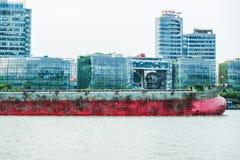 σκάφος λιμένων του Αμβούργο φορτίου δραστηριοτήτων Στοκ εικόνες με δικαίωμα ελεύθερης χρήσης