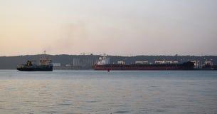 Σκάφος και κουκκιστήρι στοκ εικόνα με δικαίωμα ελεύθερης χρήσης