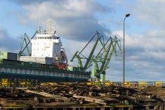 σκάφος κατασκευής κάτω Στοκ Εικόνες