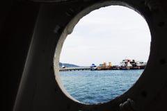 Σκάφος στην τρύπα στοκ εικόνες