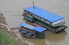 Σκάφος στον ποταμό Yangtse σε Chongqing Στοκ Φωτογραφία