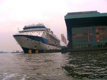 Σκάφος της γραμμής κρουαζιέρας Στοκ Εικόνες
