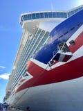 Σκάφος της γραμμής κρουαζιέρας P&O Britannia σε St. Kitts στοκ εικόνες με δικαίωμα ελεύθερης χρήσης