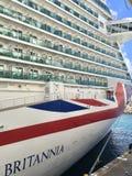 Σκάφος της γραμμής κρουαζιέρας P&O Britannia σε St. Kitts στοκ εικόνα