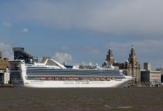 σκάφος της γραμμής Λίβερπουλ κρουαζιέρας Στοκ φωτογραφίες με δικαίωμα ελεύθερης χρήσης