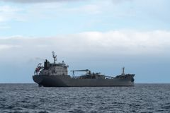 Σκάφος φορτίου εν πλω Στοκ εικόνες με δικαίωμα ελεύθερης χρήσης