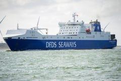 Σκάφος Brittania ΘΑΛΑΣΣΊΩΝ ΔΡΌΜΩΝ DFDS στο λιμάνι του Ρότερνταμ Στοκ εικόνα με δικαίωμα ελεύθερης χρήσης