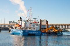 Σκάφος Camilla Hoej εκβάθυνσης και κατασκευής που προετοιμάζει τον υπόγειο για μια νέα γέφυρα Στοκ φωτογραφίες με δικαίωμα ελεύθερης χρήσης