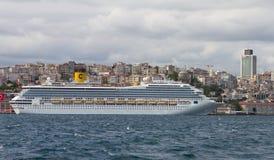 σκάφος luminosa κρουαζιέρας πλευρών Στοκ Φωτογραφία