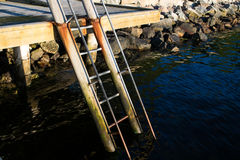 Σκάλα στην αποβάθρα Στοκ Εικόνες