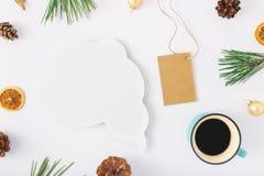 Σκέψεις εικονιδίων, χριστουγεννιάτικο δέντρο, καφές, κώνοι, ξηρό πορτοκάλι, Χριστός Στοκ Φωτογραφία