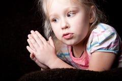 σκέψη πορτρέτου χεριών κο&rho Στοκ εικόνες με δικαίωμα ελεύθερης χρήσης