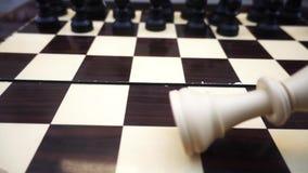 Σκακιέρα και πέτρες φιλμ μικρού μήκους