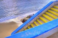 σκαλοπάτια κίτρινα Στοκ εικόνες με δικαίωμα ελεύθερης χρήσης