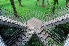 σκαλοπάτια πάρκων Στοκ φωτογραφία με δικαίωμα ελεύθερης χρήσης