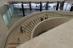 Σκαλοπάτια στη στοά του Tate Moderne Στοκ φωτογραφία με δικαίωμα ελεύθερης χρήσης