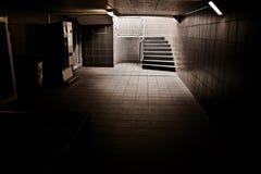 Σκαλοπάτια Daerk Στοκ φωτογραφία με δικαίωμα ελεύθερης χρήσης